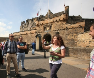 edinburgh castle guide