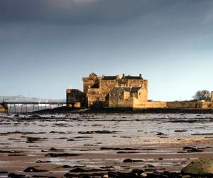 outlander tour castle