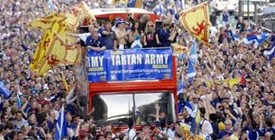 triumphant tartan army pics
